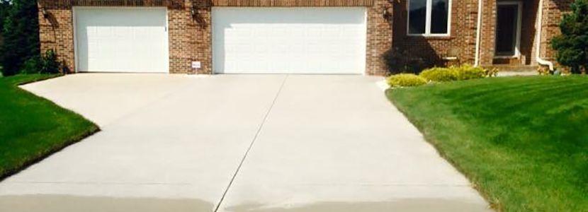 Driveway & Sidewalk Cleaning